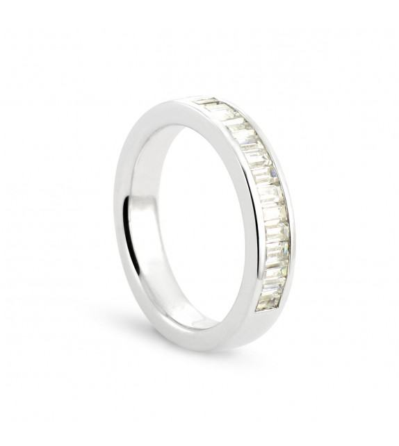 Alliance demi tour en Or blanc 375/00 Diamant 0,75 carat