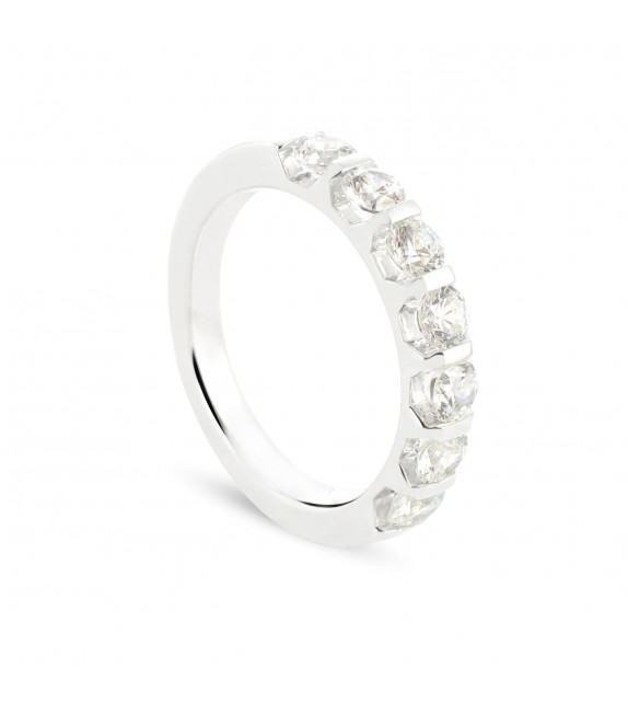 Alliance demi tour en Or blanc 375/00 Diamant 1 carat