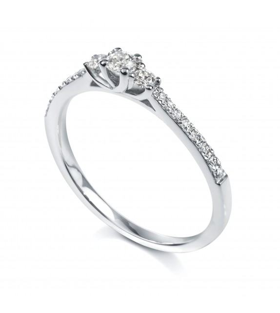 Solitaire trilogie 4 griffes accompagné Platine diamant 0.37 carat